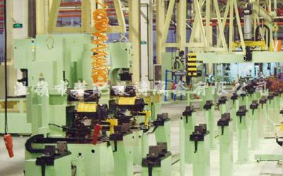 Varias líneas de producción de montaje y prueba de ejes de automóviles